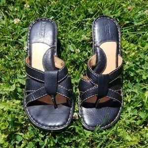 Born sz 9 wedge sandals black leather shoes